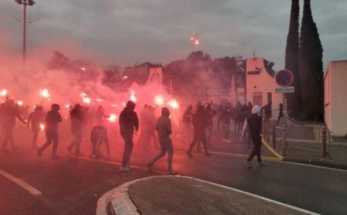 Aficionados de Marsella provocan incendios
