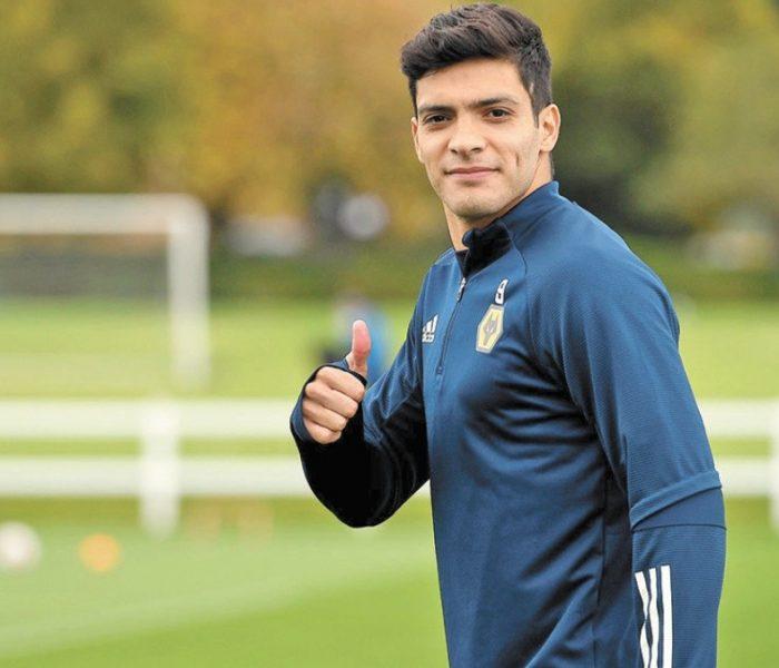 Raúl Jiménez regresa a los entrenamientos