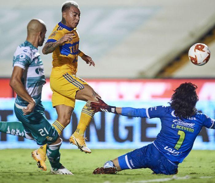 Sin Gignac, Santos derrota a Tigres en la Jornada 2 del Guardianes 2021