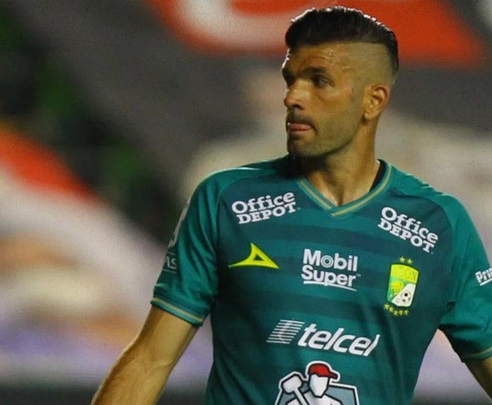 Jugador de León confiesa haber jugado con Covid-19 la final